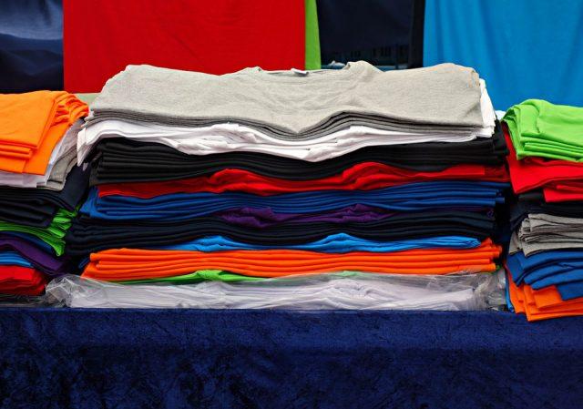 Tee-shirt personnalisé : moyen de communication d'entreprise efficace